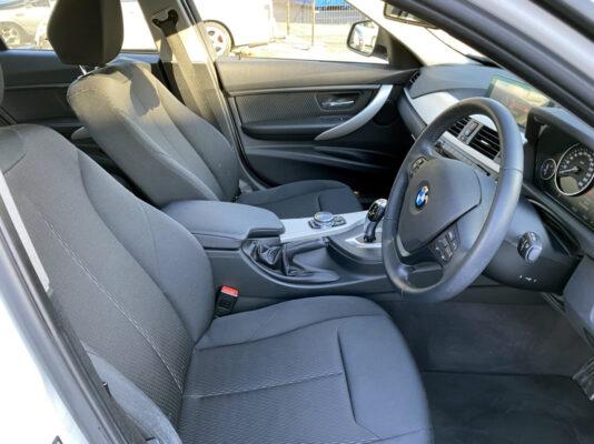 BMW 320i ツーリング★大人気車★走行2.6万k ★絶好調★税金完納★国内最安値★価格交渉可画像12